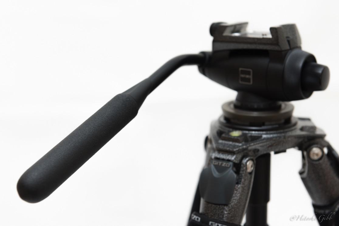 ビデオ雲台(GITZO / G2180)のパンバーは先に取り付ける