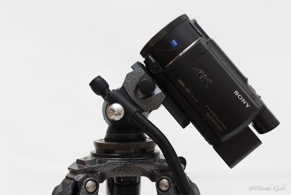 雲台の上でカメラが水平を保てる位置を探る
